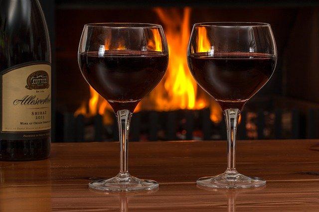 Pensez au vin pour associer vos saucisses